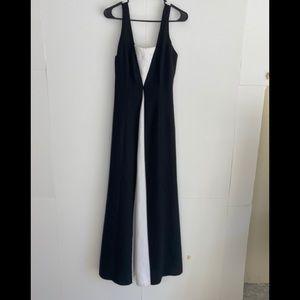 REGGIO BLOCK BLACK AND WHITE LONG GOWN DRESS